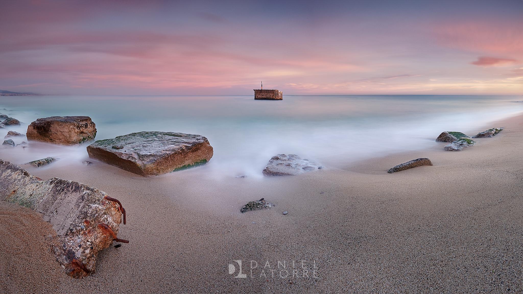 Fotografía de paisaje, Costa de Badalona, Besos. Larga exposición, filtro ND, Canon 6D,Danilatorre,danilatorre, Dani Latorre, daniel Latorre